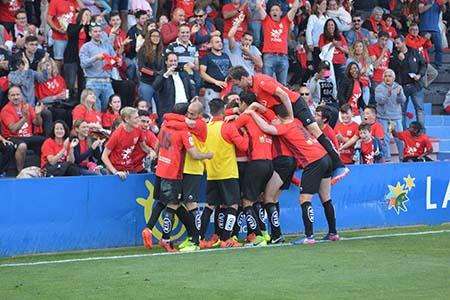 La Nucía gana 5-3 al Escobedo en el playoff a Segunda B