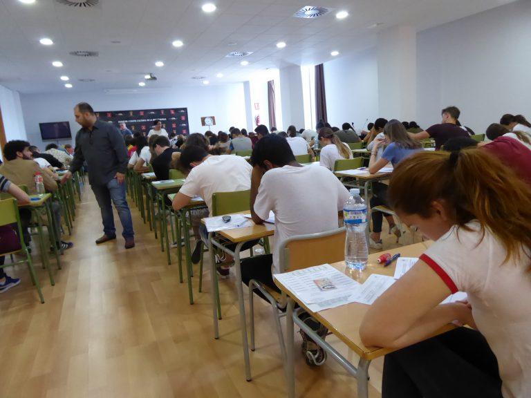 """237 alumnos finalizaron ayer la """"selectividad"""" en La Nucía"""