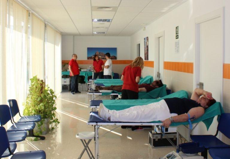 Donación de sangre en la Cala de Finestrat