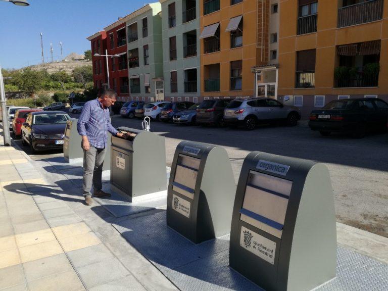 Finestrat implanta contenedores soterrados en el Carrer Serra Cortina