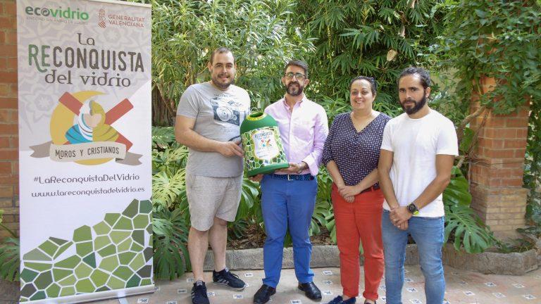 Las compañías de Moros y Cristianos de  la Vila Joiosa reciclan cerca de 31.200 envases de vidrio durante las fiestas