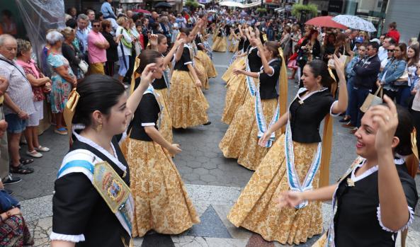 """Productos tradicionales y artesanales en la """"Fira del 9 d'octubre"""" de la Comissió de Festes Majors Patronals de Benidorm"""