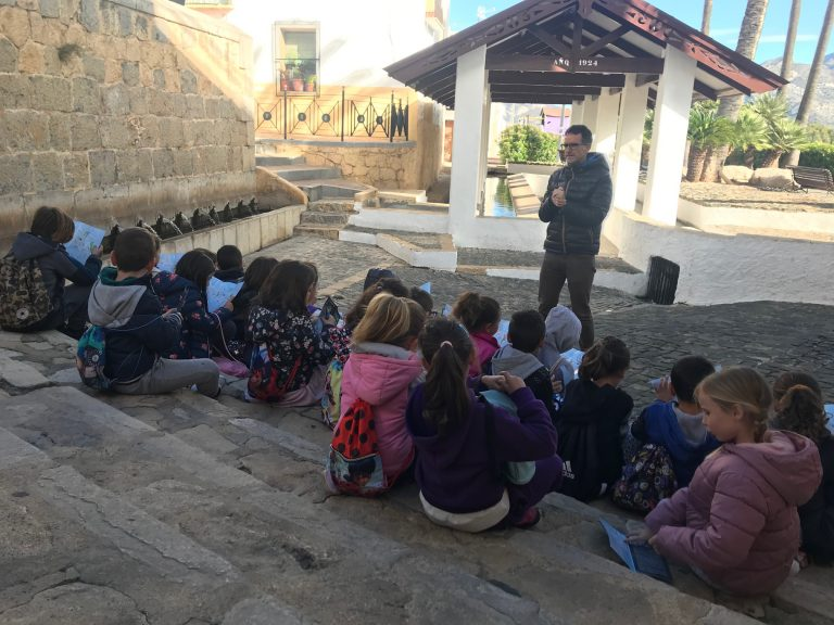 """Visita Didáctica al """"Casco Antiguo"""" de los alumnos del Muixara de La Nucía"""