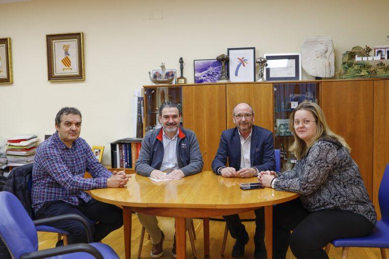 L'Alfàs y APSA renuevan su colaboración en programas de atención a familias y a personas con discapacidad