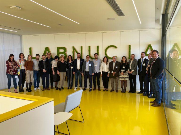 El Lab_Nucia acogió una charla de AEFA y Deloitte