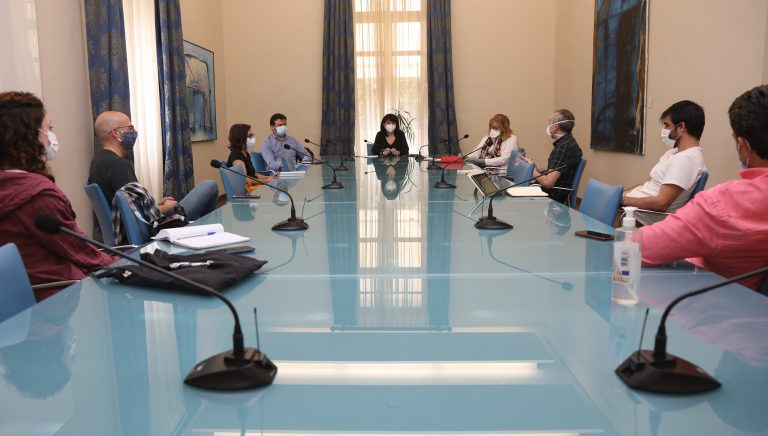La Diputación de Alicante estudia como reactivar el sector de las artes escénicas
