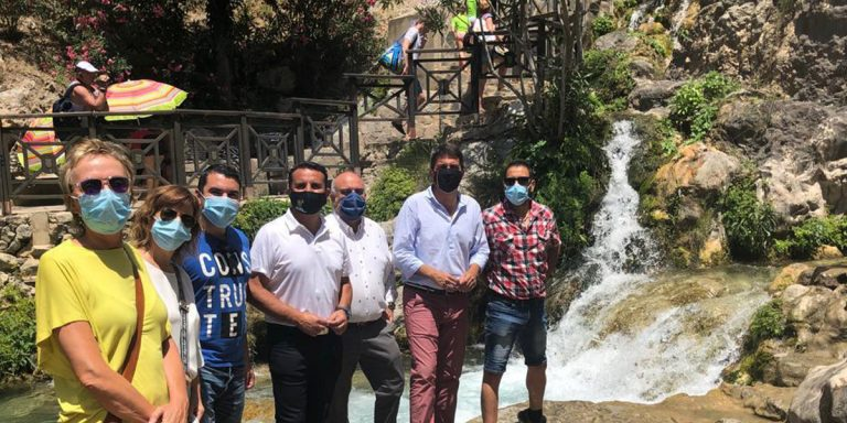 El presidente de la Diputación de Alicante visita Les Fonts de l'Algar