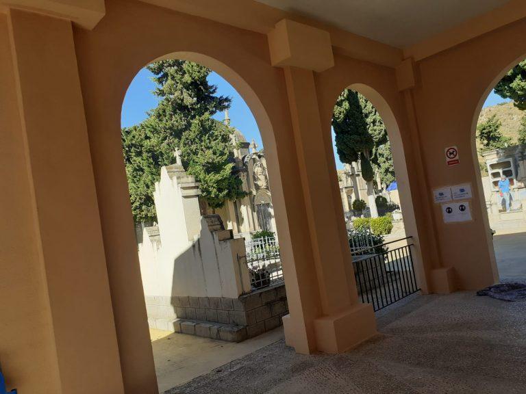 La Vila Joiosa pone a punto el Cementerio para el día de Todos los Santos