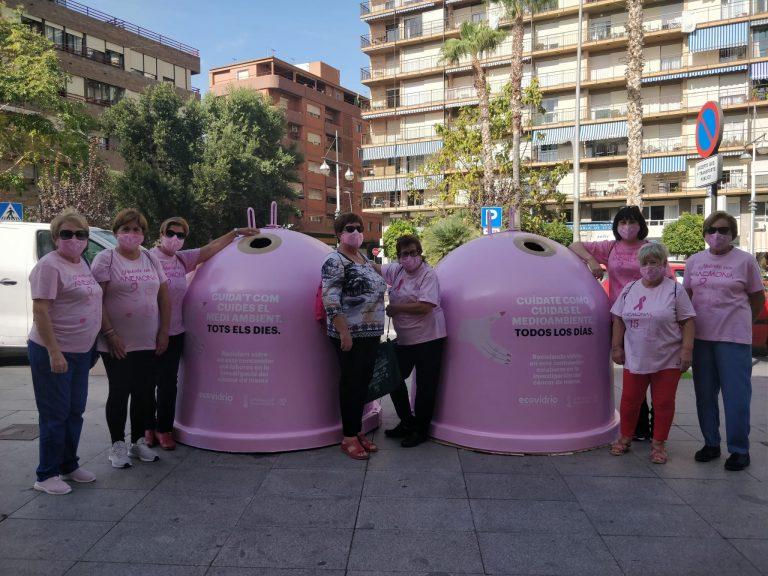 La Vila Joiosa y Ecovidrio presentan la campaña solidaria 'Recicla Vidrio por ellas' con motivo del Día Mundial del Cáncer de Mama