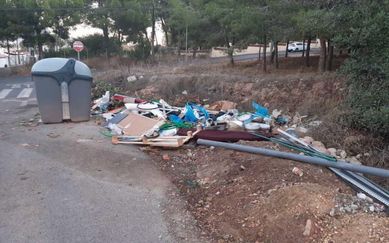 L'Alfàs sanciona a 4 empresas con 6.000 euros por vertidos ilegales
