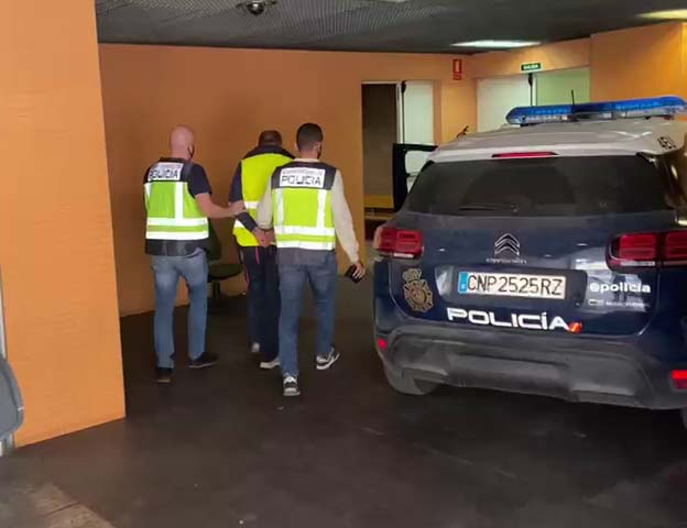 La Policía Nacional detiene cuatro fugitivos en la provincia de Alicante