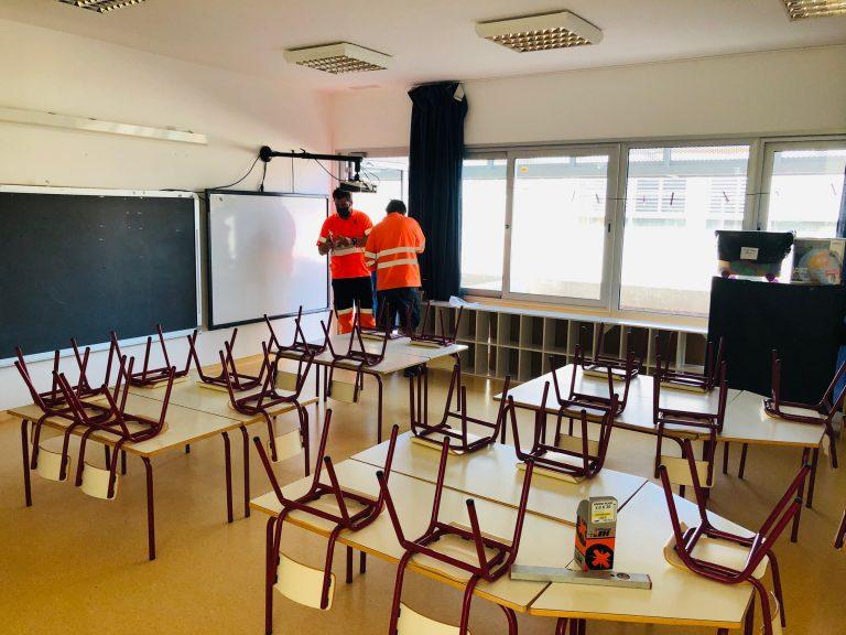 Finestrat instala purificadores de aire en las aulas