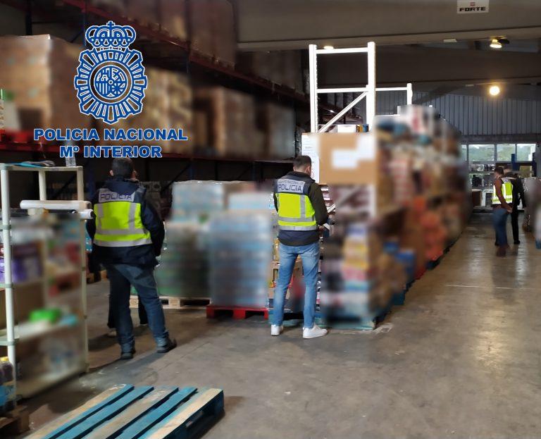 Policía Nacional de Benidorm detiene a 3 personas por vender productos con fecha falsificada