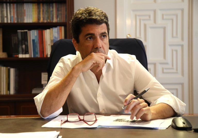 Carlos Mazón insta a Pedro Sánchez a defender el destino Costa Blanca en los corredores turísticos