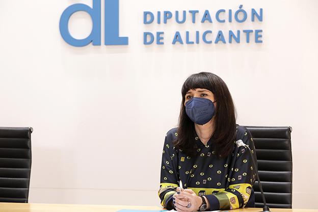 Diputación de Alicante invierte más de 209.000 euros para fomentar la lengua y cultura popular