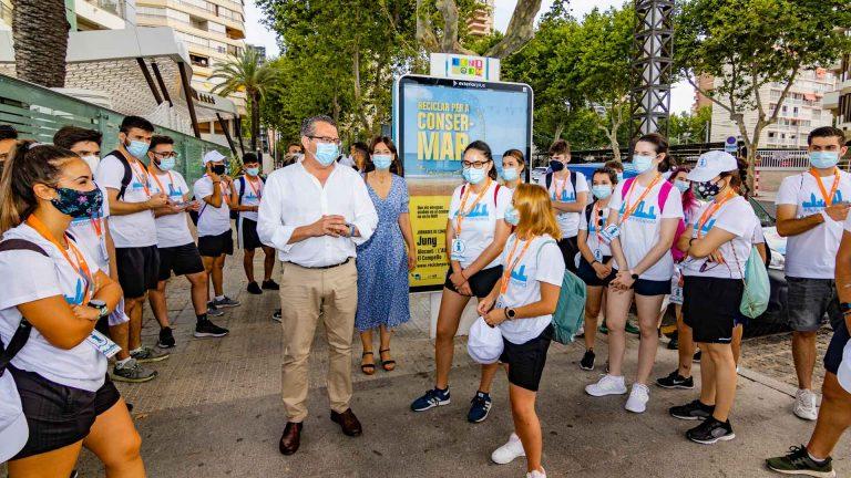Benidorm incrementa su dispositivo de 'Playas Seguras' con 58 jóvenes informadores