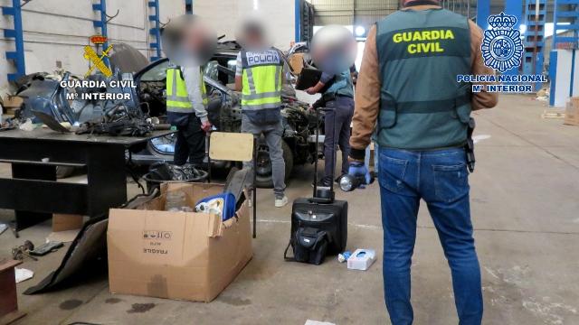 Desarticulada una red dedicada al robo y tráfico ilícito de vehículo